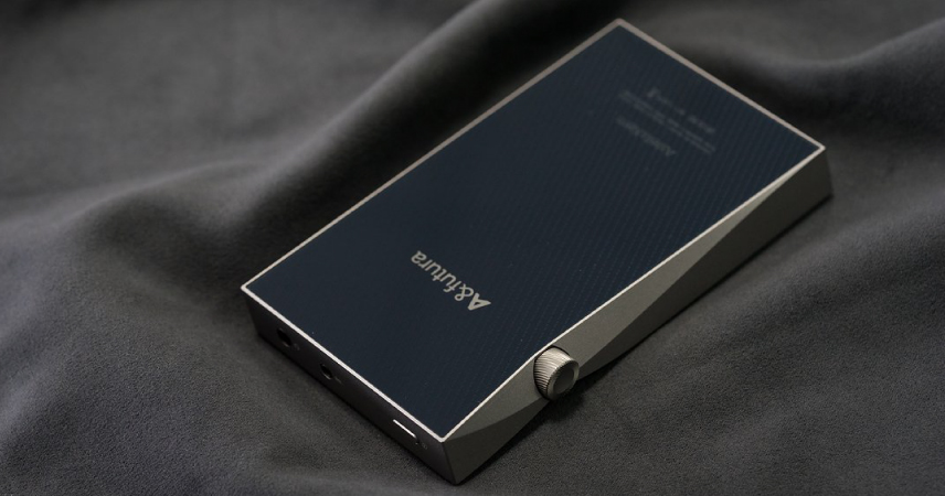 Popolnoma novo doživetje najljubše glasbe z novim Astell&Kern SE100 prenosnim predvajalnikom