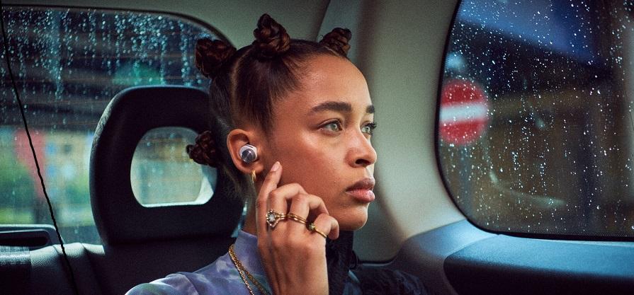 Prve True Wireless Noise cancelling slušalke iz Bowers & Wilkinsa!